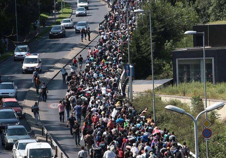 ΠΡΟΣΦΥΓΕΣ: ΣΤΑΓΟΝΑ ΣΤΟΝ ΩΚΕΑΝΟ Η ΒΟΗΘΕΙΑ ΤΗΣ ΕΕ