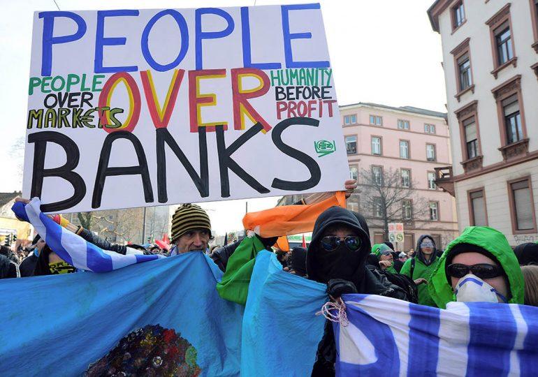 Η ΕΚΤ αποφασίζει να «γυρίσει» το τιμόνι οριστικά