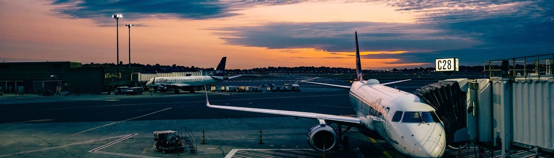 Χρηματοδότες των αεροπορικών εταιρειών, οι ίδιοι οι πελάτες τους