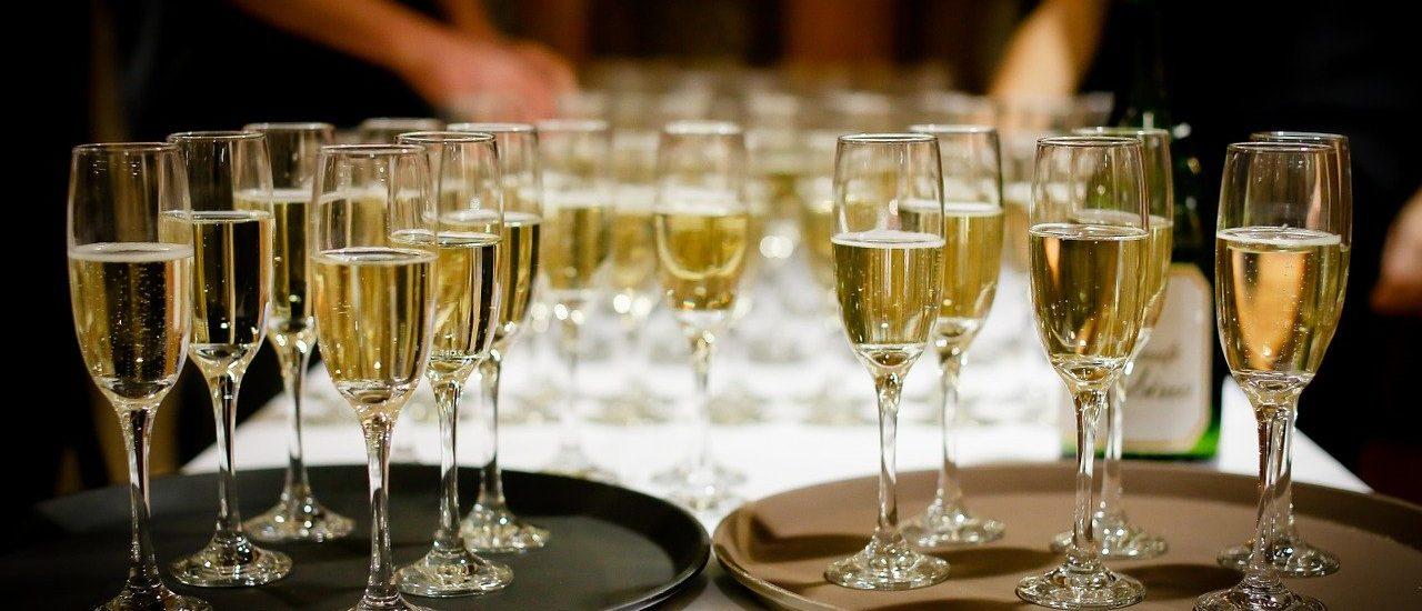 Το πάρτι του Πρύτανη & το πλυντήριο του Ευαγγελάτου