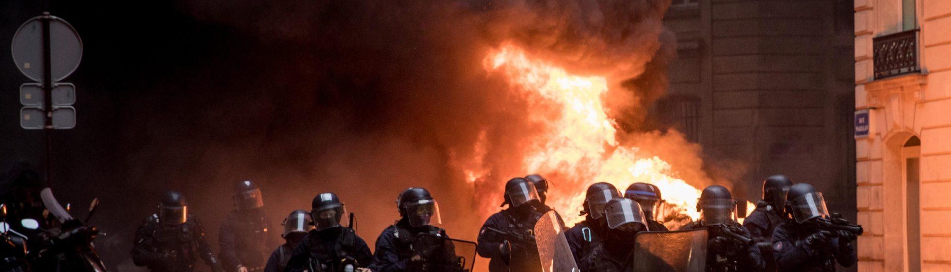 Γαλλία: Χωρίς τέλος η αστυνομική βαρβαρότητα στις λαϊκές συνοικίες