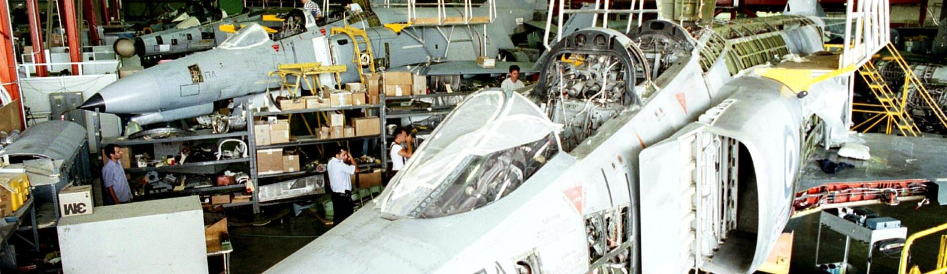Σε κινητοποιήσεις οι εργάτες της Ελληνικής Αεροπορικής Βιομηχανίας