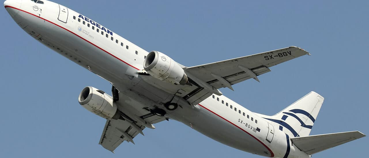 Aegean Airlines: Ζητάει να πληρώσει άλλος τα σπασμένα