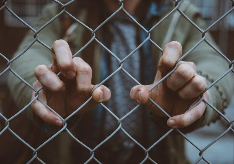 Αναστολή της απεργίας πείνας-δίψας του Βασίλη Δημάκη