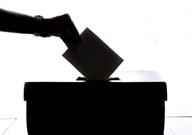Σερβία: Οι πρώτες εκλογές στη μετά covid-19 εποχή