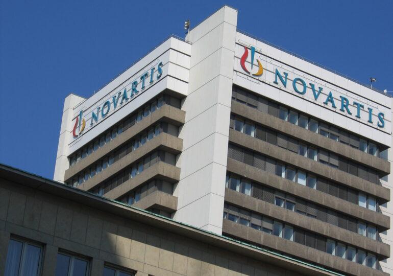 """Ποιοί είναι οι Έλληνες """"αξιωματούχοι"""" που έβαζαν την υπογραφή τους για τη Novartis;"""