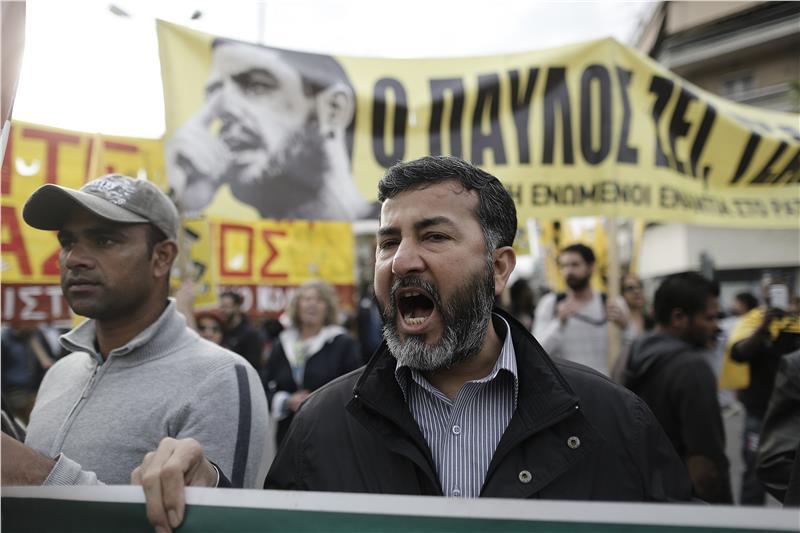 Δώστε άσυλο στον Τζαβέντ Ασλάμ – δώστε χαρτιά σε όλους τους μετανάστες