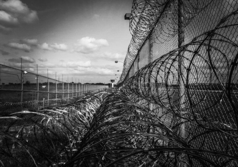 Το ανάλγητο πρόσωπο της εξουσίας απέναντι στον φυλακισμένο απεργό πείνας Θανάση Κυριαζή