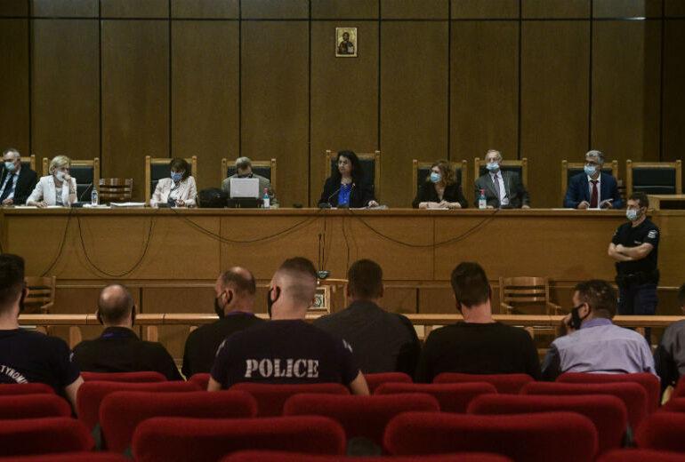 Βαρύτερες ποινές στους εγκληματίες Χρυσαυγίτες ζητεί ο εισαγγελέας