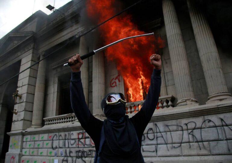 Γουατεμάλα - Πρωτιές στις περικοπές και σε θανάτους από κορονοϊό