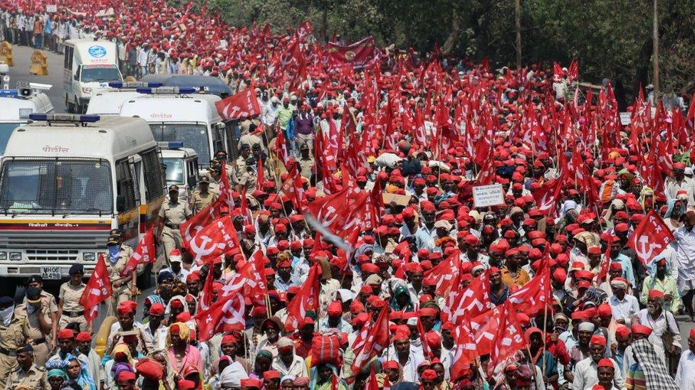 Ινδία: Εκατομμύρια αγρότες σε εξέγερση