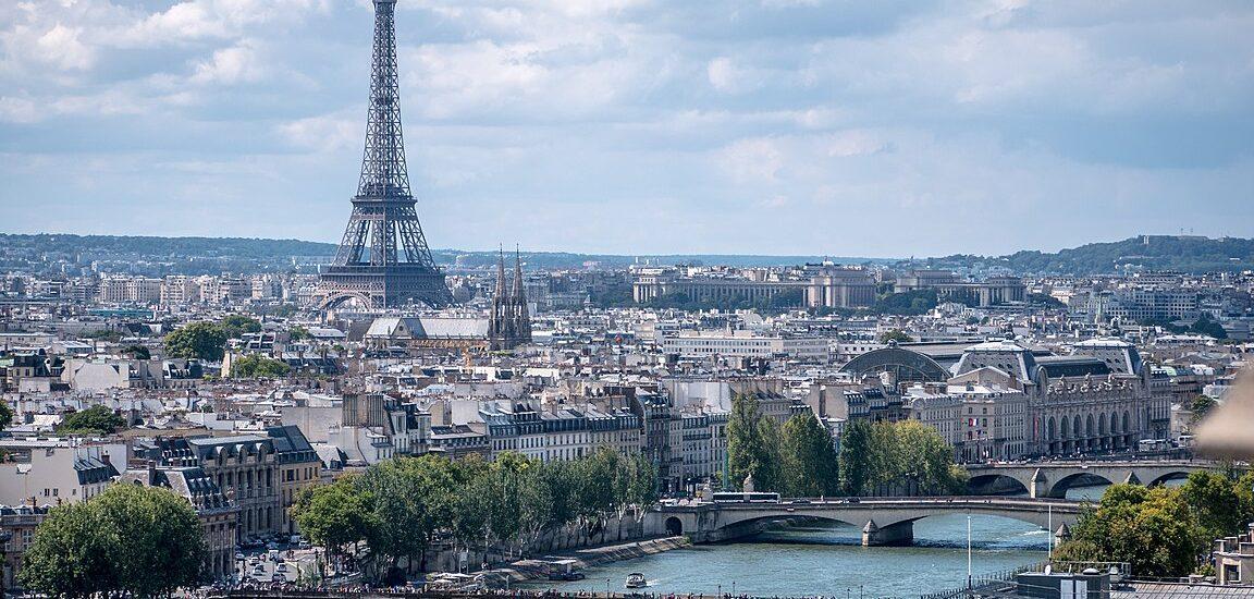 Γαλλία: Διαδήλωση για την απαγόρευση των απολύσεων