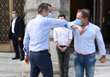 Ο εκλεκτός της «φιλελέ» δεξιάς Λιγνάδης, οι φίλοι του και τα προσφυγόπουλα