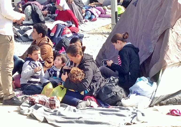 """Χίος προσφυγικό: Ούτε """"ανοιχτά"""" ούτε κλειστά, κανένα στρατόπεδο ποτέ και πουθενά"""