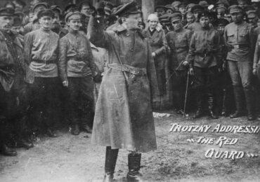 O Τρότσκι και ο Κόκκινος Στρατός