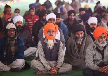 Δύσκολοι αντίπαλοι αποδεικνύονται οι αγρότες στην Ινδία
