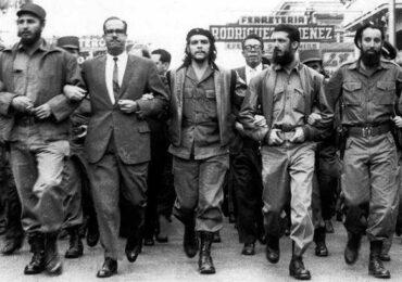 Χαιρετισμός των Comunistas στην 26η Ιουλίου