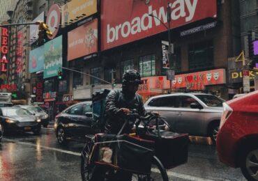 "H ""Εξέγερση"" των Εργατών Delivery στη Νέα Υόρκη"